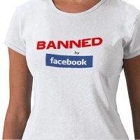 camiseta 'baned by Facebook'